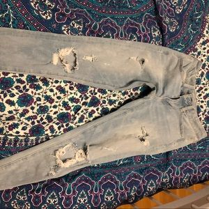 American eagle ripped jeggings light wash size 2